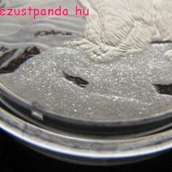 A szikrázó Eszak - Jegesmedve 2017 1 uncia proof ezüst pénzérme gyémántporral