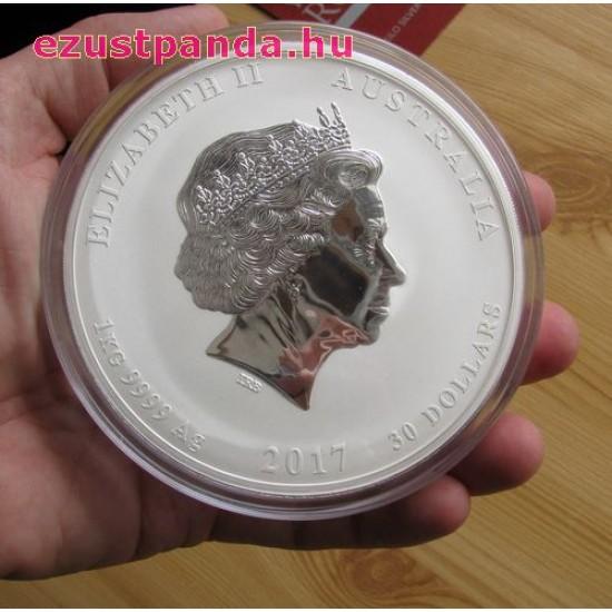 Lunar2 Kakas éve 2017 1 kilogramm színes ezüst pénzérme, drágakővel